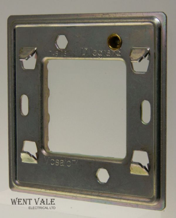Legrand Mosaic - 0748 26 - One Gang 1/2 Mosaic Module Mounting Frame For BS Boxes